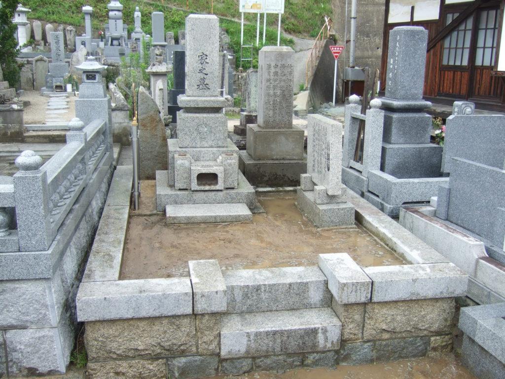 羅漢の店 水野石材店 お墓の除草対策 草むしり後